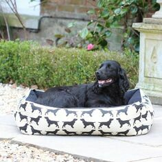 The Labrador Company Spaniel Print Dog Bed