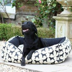 The Labrador Company Labrador Print Dog Bed