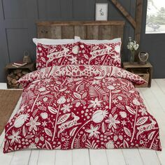 Woodland Woodcut Reversible Berry Duvet Set
