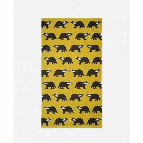 Anorak Kissing Badgers Bath Towel